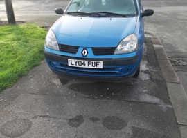Renault Clio, 2004 (04) blue hatchback, Automatic Petrol, 66,435 miles