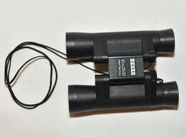ZEISS 10x25B Compact Binoculars.
