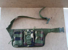 Camouflage Waist Bag. 3 Zip Pockets.