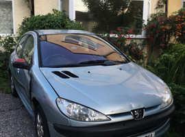 Peugeot 206, 2004 (54) Silver Hatchback, Manual Petrol, 86,000 miles