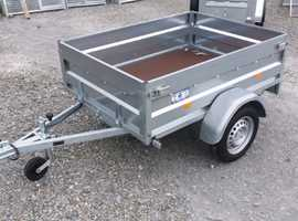 UTILITY TRAILER IN GREAT CONDITION READY TO BE OFFERED