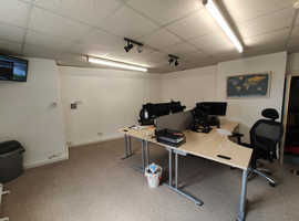 Office available, Romsey High Street