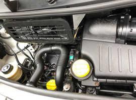 Vauxhall vivaro SWB 12 months MOT and no VAT