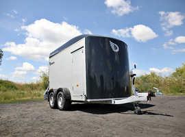 Debon Roadster C500 Twin Axle Box Van Trailer In Black
