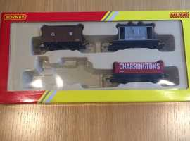HORNBY 00 RAILROAD PACK R2670 G.W.R. 3 x WAGONS ONLY(EXCLUDES 040 TANK LOCOMOTIVE).
