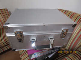 DJ 7 inch RECORD BOX / FLIGHT CASE x 2