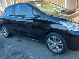 Peugeot 208, 2012 (12) Black Hatchback, Manual Petrol, 68,000 miles