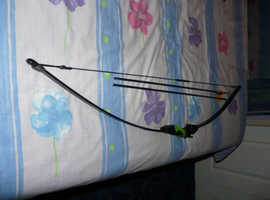 Barnett Lil Sioux Jr. Recurve Archery Set 6 Months Old
