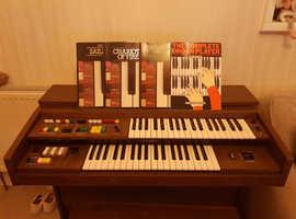 Vintage Yamaha Electone Organ.
