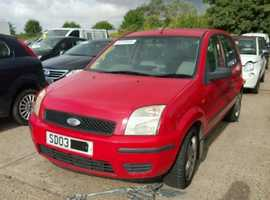 Ford Fusion, 2003 (03) Red Hatchback, Manual Petrol, 134,000 miles
