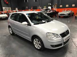 Volkswagen Polo, 2009 (09) Silver Hatchback, Manual Petrol, 69,000 miles