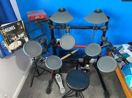 Yamaha DT XPRESS 2 drum kit