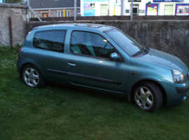 Renault Clio, 2002 (02) Blue Hatchback,16v, Manual Petrol, 88,000 miles