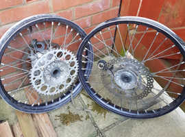 KX250 Wheels Complete With Disks And Sprocket