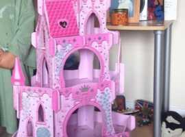 Fairy Tale Princess Castle & Frozen Figures
