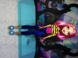 Monster High Doll #37A Howleen Wolf