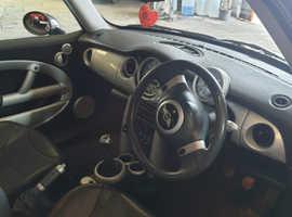 Mini MINI, 2001 (51) Silver Hatchback, Manual Petrol, 120,000 miles