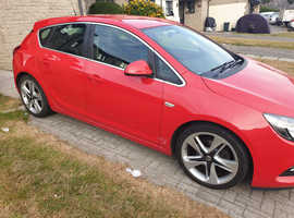 Vauxhall Astra, 2014 (64) Red Hatchback, Manual Diesel, 41,000 miles
