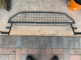 2015 on Made to measure Nissan Qashqai dog / cargo guard