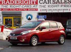 2015/15 Nissan Note 1.2 Acenta Premium finished in Merlot Red Metallic. 27,899 miles
