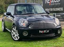 Mini 1.6 Cooper Lovely Cooper Edition in Black....Low Miles for Year!