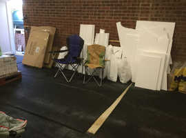 Free cardboard and polystyrene