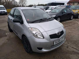 Toyota Yaris, 2008 (58) Silver Hatchback, Manual Petrol, 63,000 miles 1.0 litre Petrol