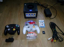 Black Nintendo GameCube - Xeno GC - Blue Power&Port LEDs - 32GB SD Card & Reader - Swiss 0.4 Included.