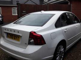 Volvo S40, 2010 (10) White Saloon, Manual Petrol, 59,000 miles