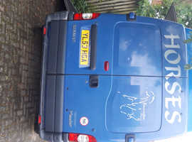 Renault master high roof takes two horses 3.5 ton