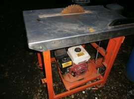 Saw Bench 5-5 HP Honda Engine Easy start Good Running Condition