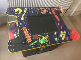 Classic Retro Games Table