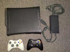 X box 360 Elite 250 GB + 22 games