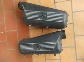 Air feeding plenum chambers with covers Ferrari 355