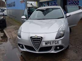 Alfa Romeo Giulietta, 2011 (11) Grey Hatchback, Manual Diesel, 86,900 miles