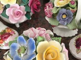 Pretty flowers ornaments