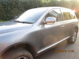 Volkswagen Touareg, 2006 (06) Grey Estate, Automatic Diesel, 130,000 miles