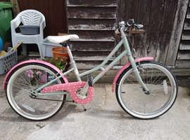 Bristol area-Victoria Pendleton girls bike hardly used.