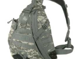 Backpack in Digital Foliage Camouflage