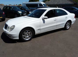 Mercedes E Class, 2004 (04) White Saloon, Automatic Diesel, 140,000 miles