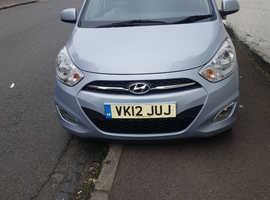 Hyundai i10, 2012 (12) silver hatchback, Manual Petrol, 32,550 miles
