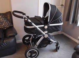 Silver & Black Travel System