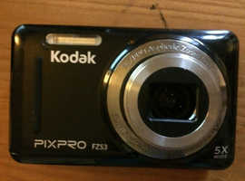 KODAK BUNDLE PACK. PIX PRO FZ53 Digital Camera  +SanDisk 16gb memory card + Carry Case