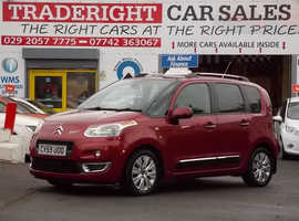 2009/59 Citroen C3 Picasso 1.4 Exclusive finished in Tango Red Metallic. 82,802 miles