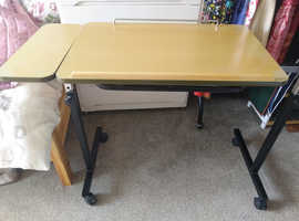 Over The bed Tilting table