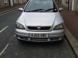 Vauxhall Astra, 2005 (05) Silver Hatchback, Manual Diesel, 79,963 miles