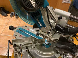 "Makita 10""mitre saw 240volt with laser"