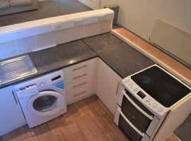 One bed flat ground floor bills included