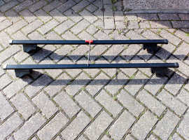 Excellent condition EXODUS Roof Bars X2 & Foot Pack X4 COST £103 Bargain £55 sell quickly