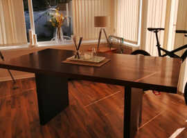Dinning table and sideboard  no chairs